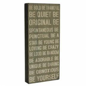 Sisustustaulu Be yourself